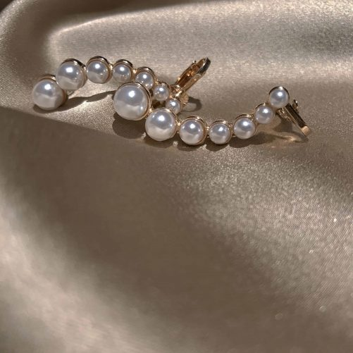 Water Lily Pearl Ear Cuff