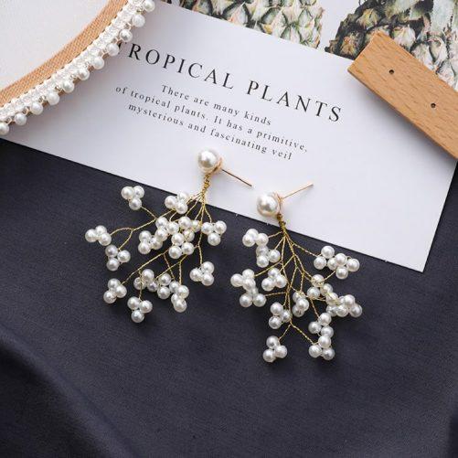 Hyacinth Pearl Earring